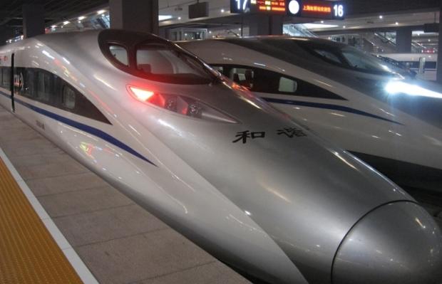 Chinas Hochgeschwindigkeitszug CRH380