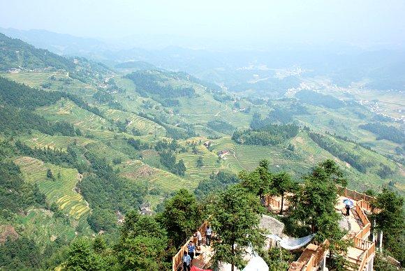 Reisterrassen von Ziquejie: Yajizhai (丫髻寨, Yaji Dorf)