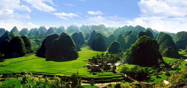 Xingyi Wanfenglin in Guizhou
