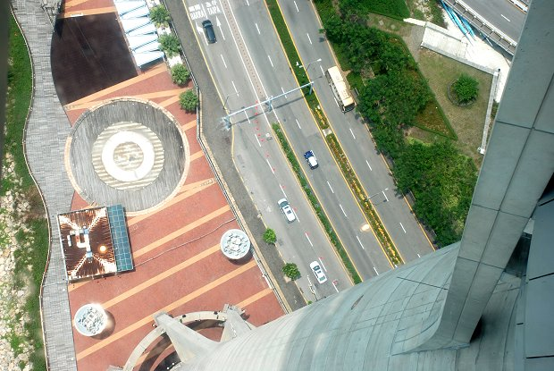 Bungee Jumping vom Macau Tower
