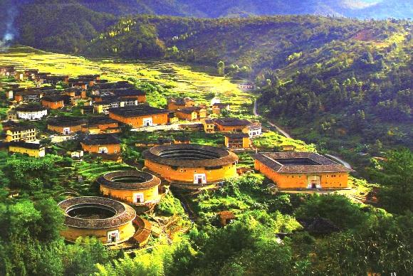 Yongding-Tulou: Rundhäuser der Hakka