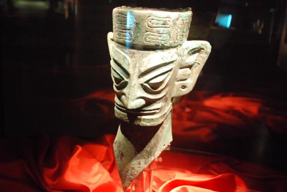 Sanxingdui Bronzekopf