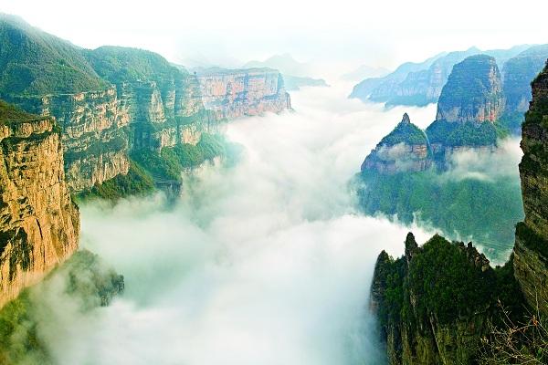 Taihang Grand Canyon in Linzhou