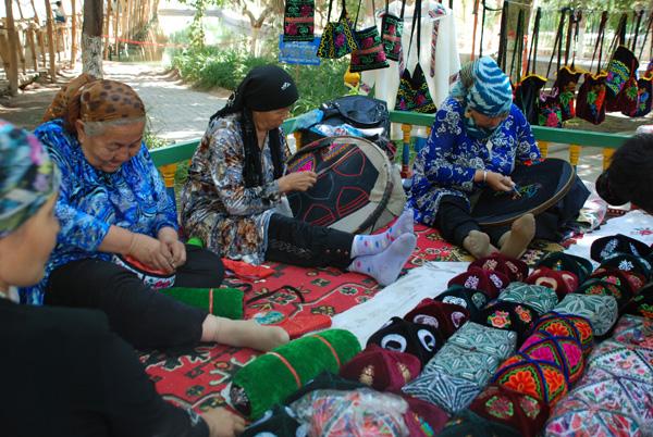 Seidenstraße: Uiguren-Dorf Tuyugou im Weintal in Turfan