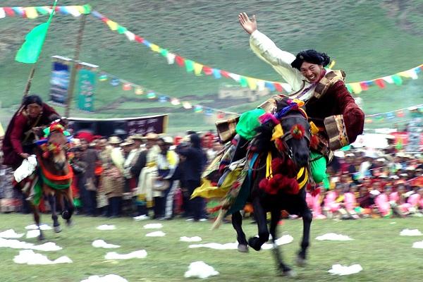 Yushu-Reiterfest
